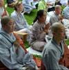 Nuns-Laywomen-Praying