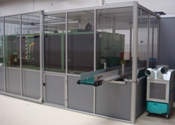 Clean Room with conveyor and AC
