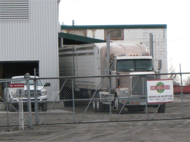 US truck unloading at Richelieu plant