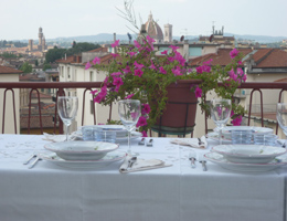 Sept 2012 News Florentine Table