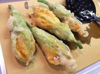 Aug 2014 News - Fried Zucchini Flowers - Rome
