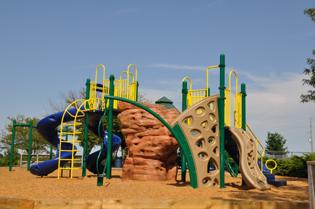 Baumgardner Park Playground
