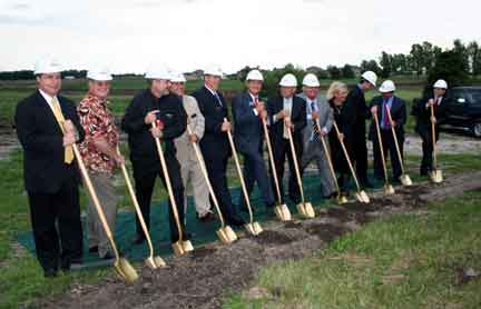 Groundbreaking at Garden City Bank.