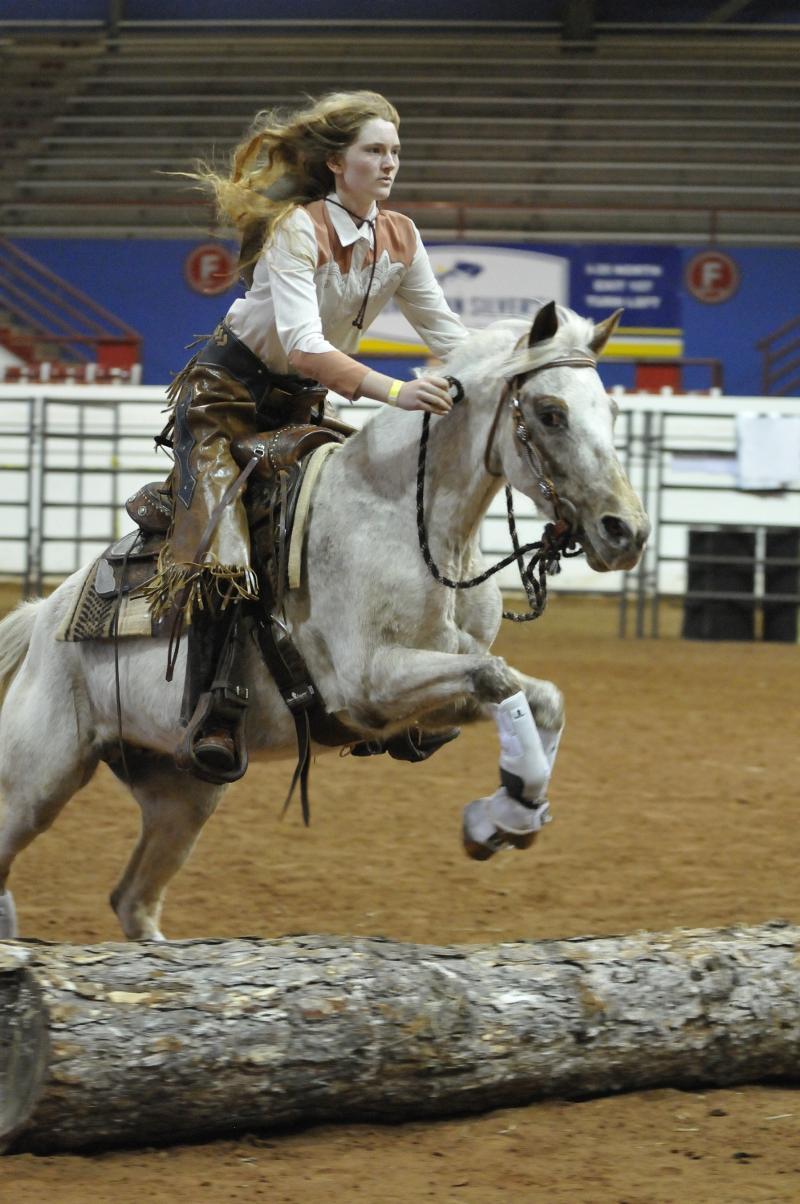 2011 World Champ.  Novice Elizabeth Roten