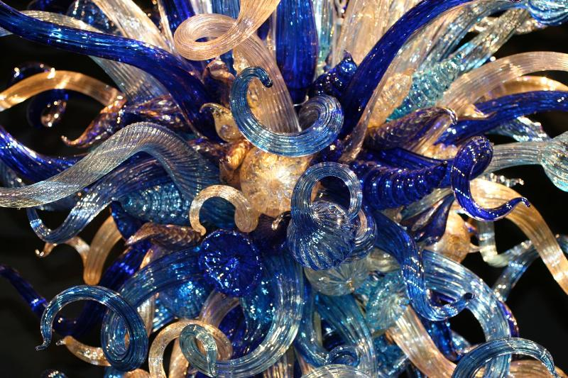 Chihuly Chandelier-up colse