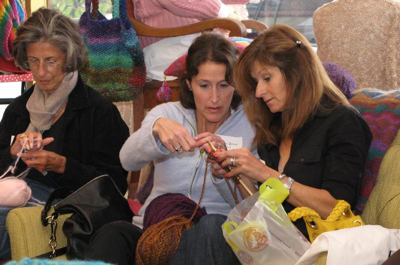 Refugee knitting project