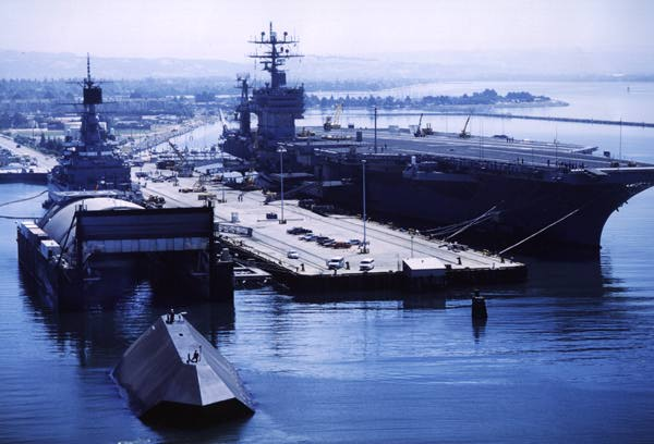 Barge SS and kennedy