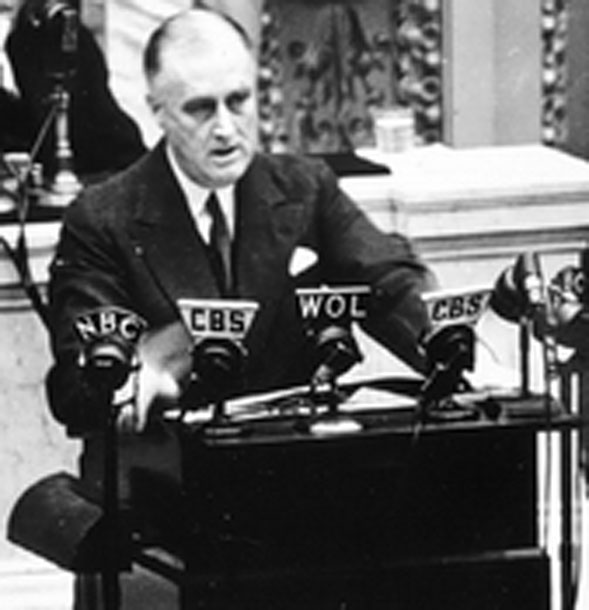 pearl harbor speech Speech analysis of franklin roosevelt's infamy speech which followed the  attack on pearl harbor on december 7, 1941.