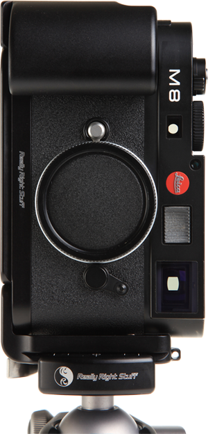 Leica M9 L-Plate with grip