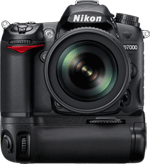 Nikon D7000 with MB-D11