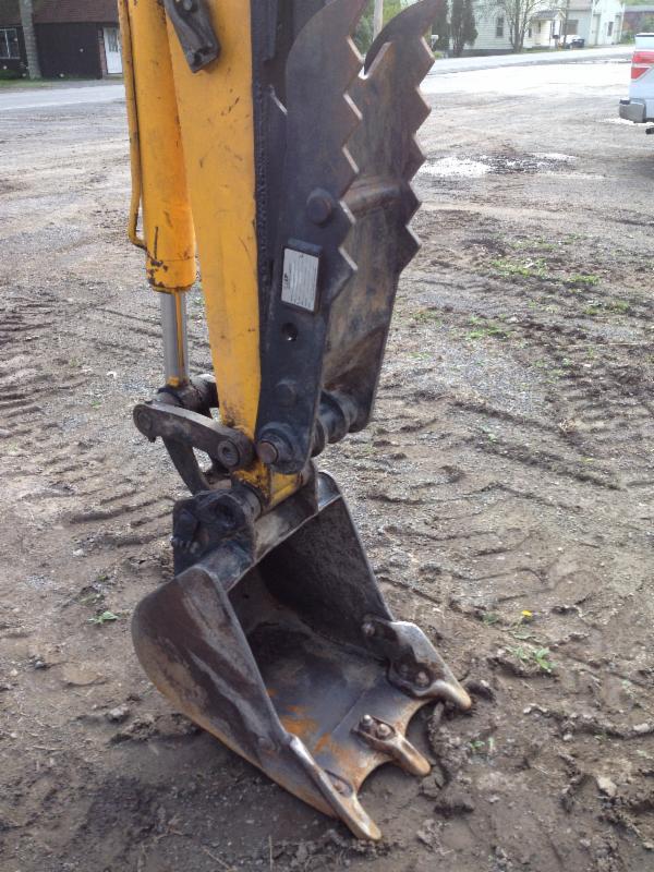 International Machinery Trader: 1999 JCB 804 SUPER Excavator