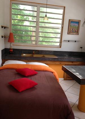 Villa Up Kichen Bedroom Combo