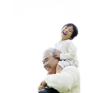 grandfather w child on shoulders
