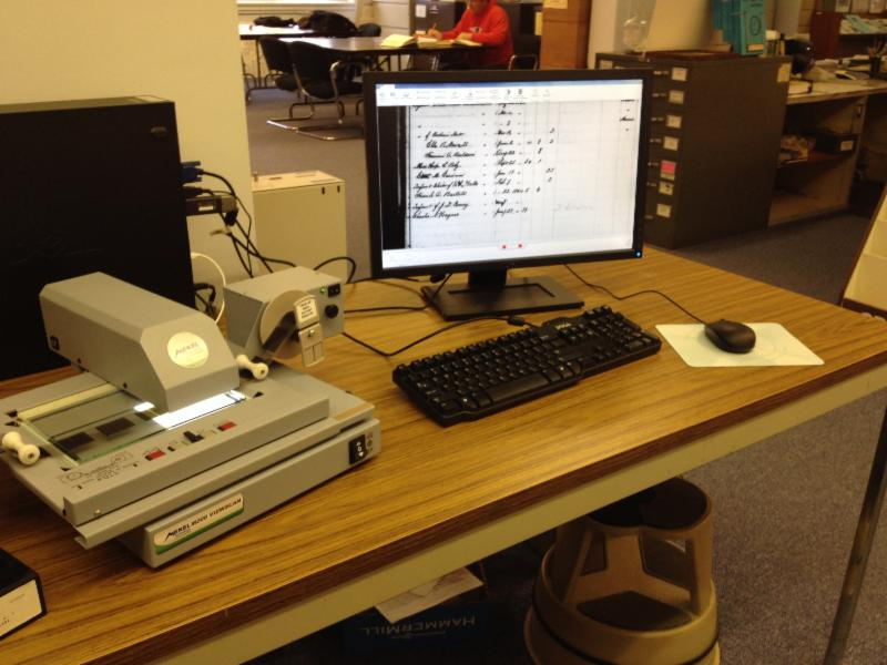 Microfilm Reader