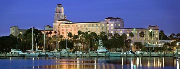 Vinoy® Renaissance St. Petersburg Resort & Marina