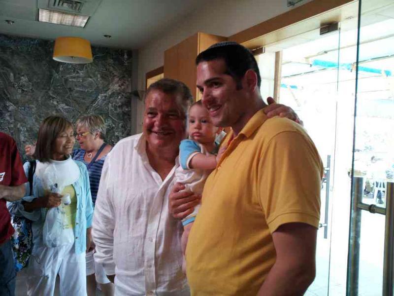Aharon Karov with cbt2