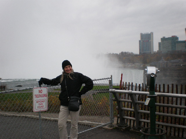 Linda at Niagara Falls