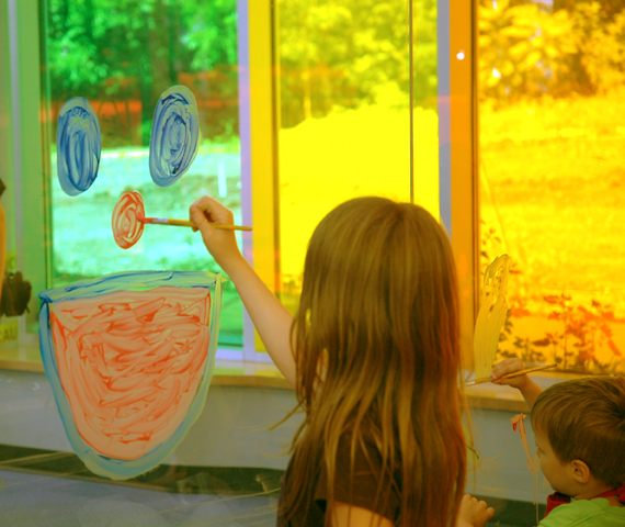 Kansas Children's Discovery Center 10,000th Visitor