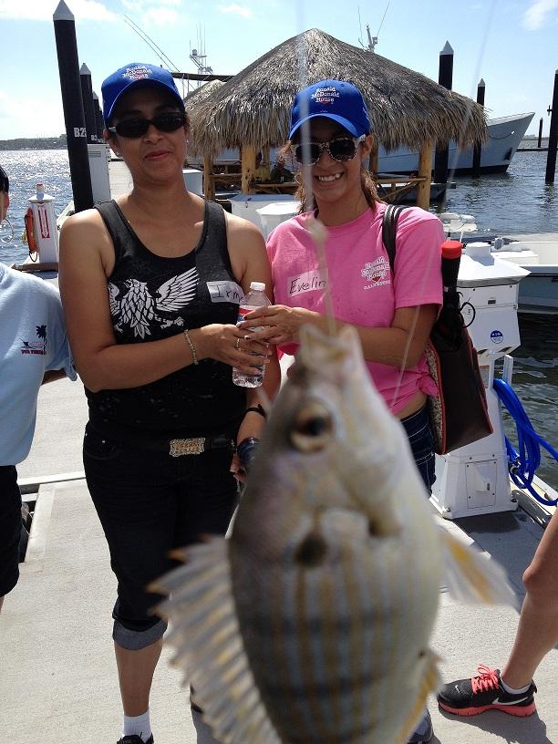 Evelin - Fun Fishing Day