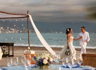 Velas Wedding