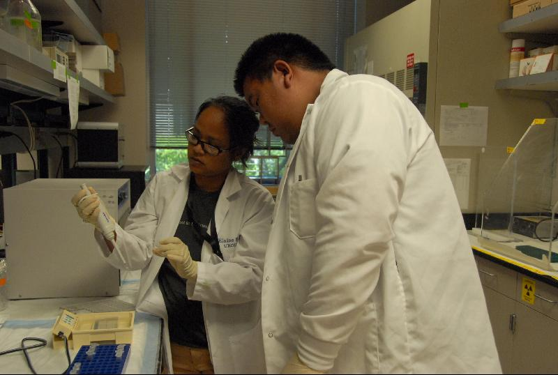 CURE students: Elaine Pinder and Brian Chan