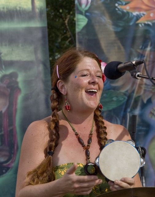 gwen at bhaktifest- medium