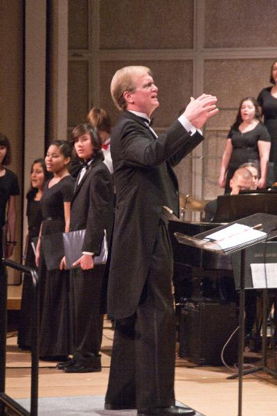 Jon Noyes conducting FCCC
