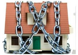 Chained House