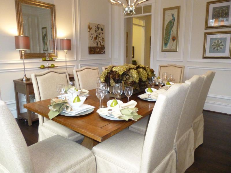 MacArthur Dining Room