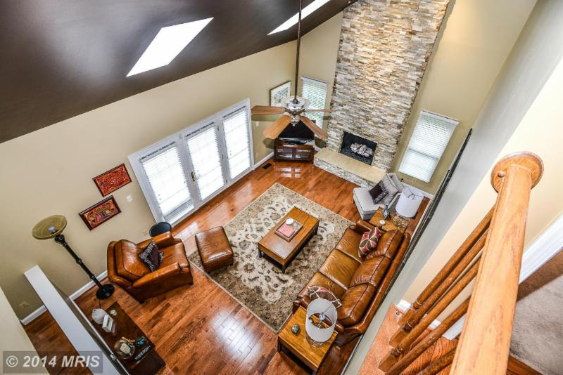 MRIS Family Room of Rock Brook Home
