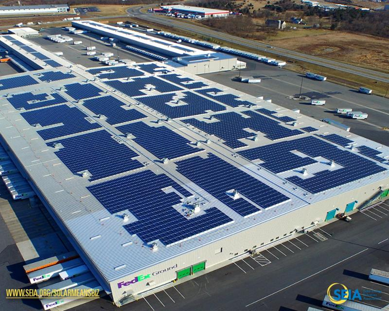 Fed Ex in Maryland is covered in 9_000 solar panels