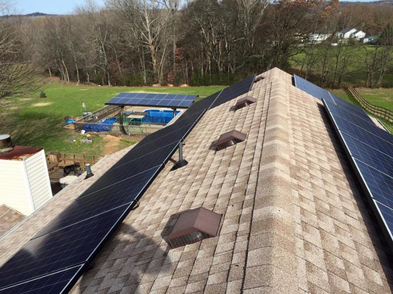 LightWave Solar installing in Columbia, TN
