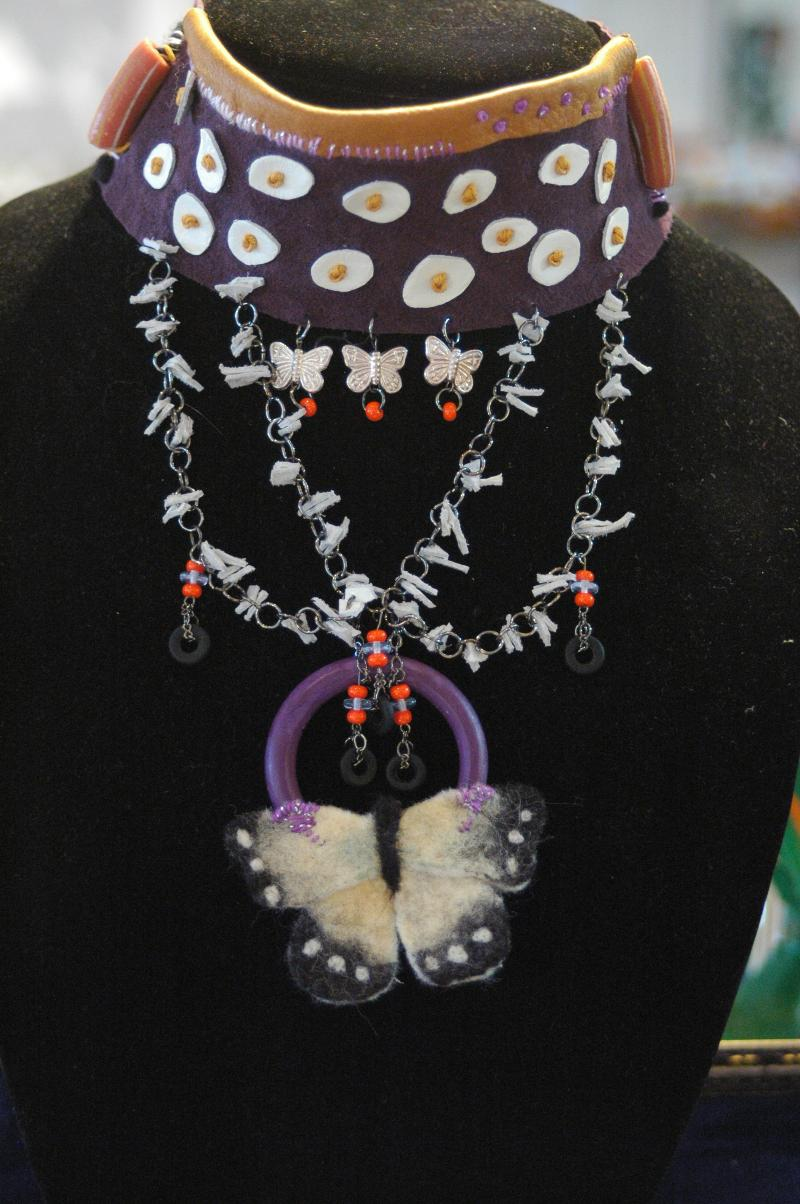 melissa felted untitled necklace