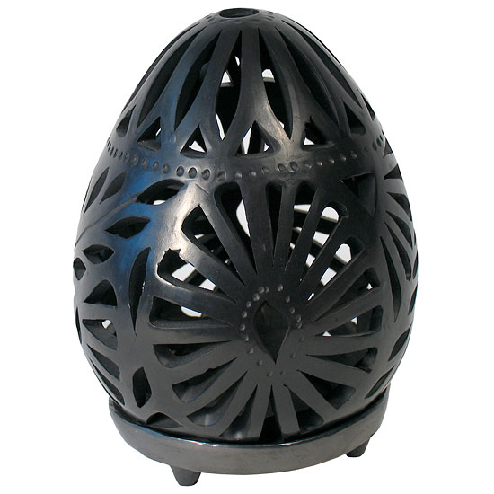 black.clay.luminario