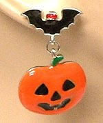 Halloween jewelry and accessories
