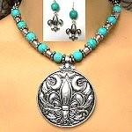 Fleur-de-lis necklace set