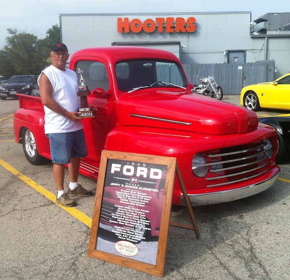 Sat. 9/29 Caddy Show, Sun 9/30 HOOTERS Grand Champion Show