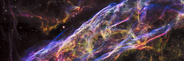 Veil Nebula Supernova Remnant _detail__ NASA_ESA_Hubble Heritage Team.