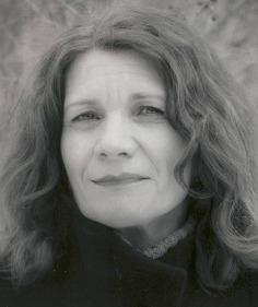 Linda Nemec Foster