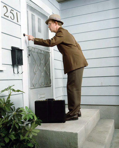 Door to Door starring William Macy as real life Bill Porter a man born with cerebral palsy who ended up being National Salesman of the Year for Watkins. & September 2013 - The Heroic Journal Pezcame.Com