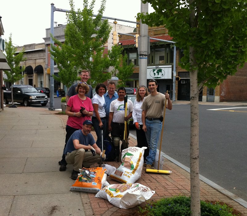 Volunteers help keep Norwalk looking sharp for visitors and residents.
