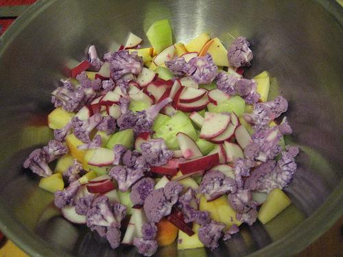 Radish, Arugula & Apple Salad