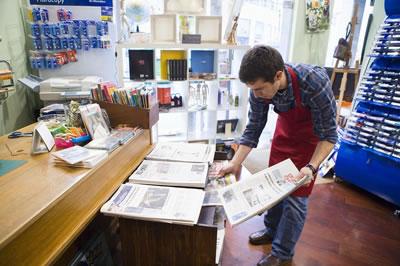 paper-print-salesman.jpg