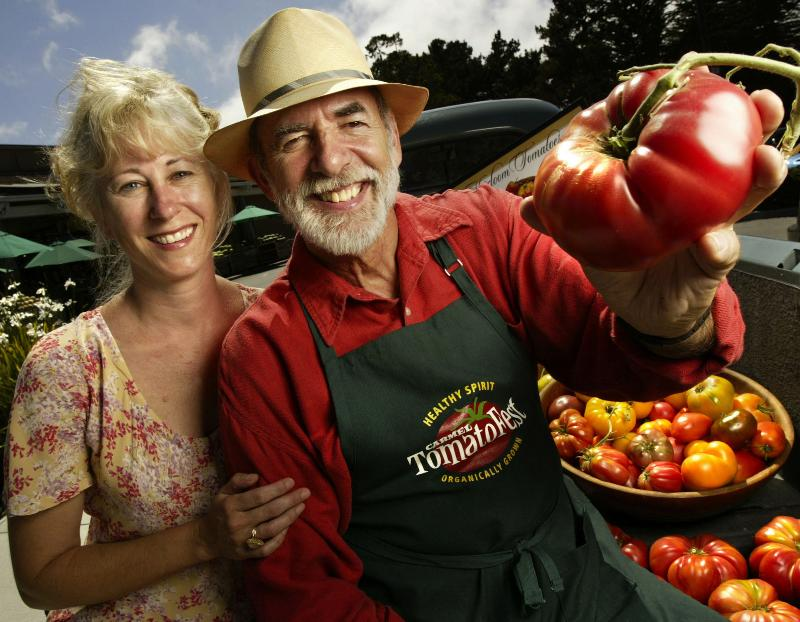 Gary Ibsen and Dagma Lacey with TomatoFest Heirloom Tomatoes