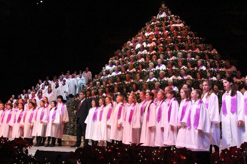 Singing Christmas Tree Portland.Holiday Newsletter