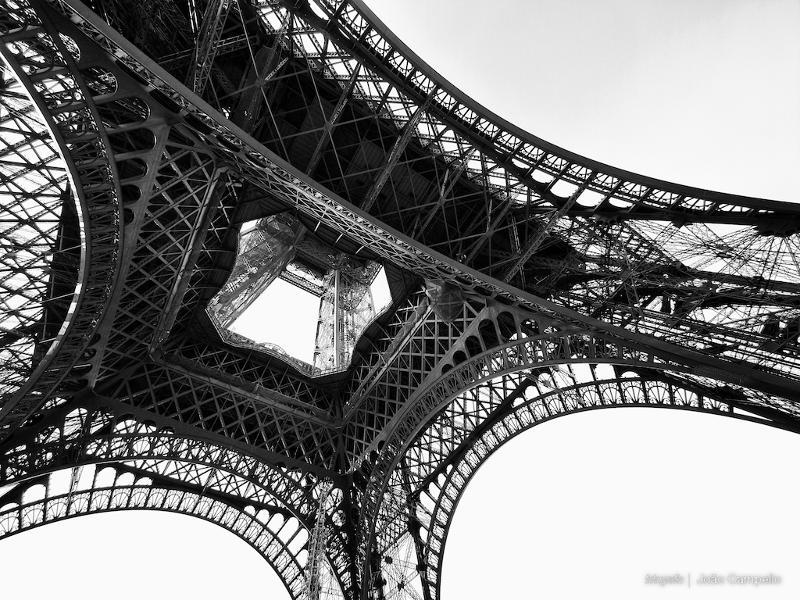 Joao Campello Torre Eiffel
