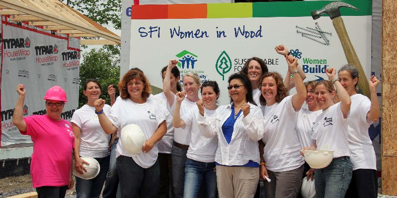 Women in Wood SFI Nantes Build 2013 Pic2