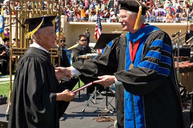 Yosh Uchida receives his honorary degree