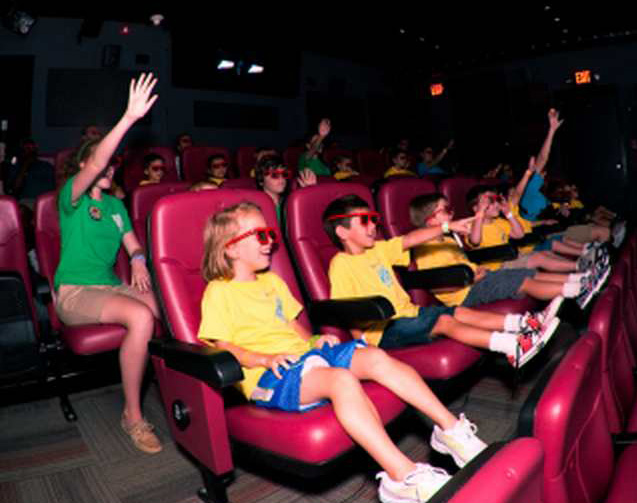 4 D Experience -kids w/glasses