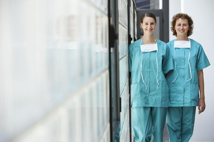 women_surgeons.jpg
